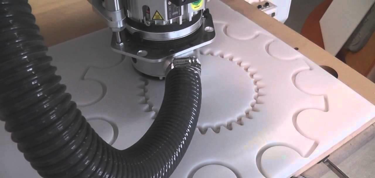 obróbka tworzyw sztucznych, wycinanie gumy, wycinanie silikonu, obróbka tworzyw konstrukcyjnych